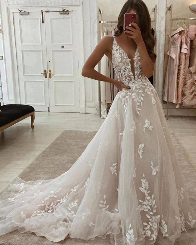 Ivory A-line V-neck Lace Applique Wedding Dress WD2436