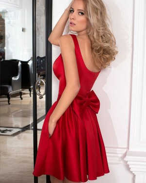Simple Square Satin Red Pleated Homecoming Dress with Pockets HD3277