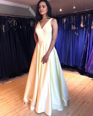 Light Yellow V-neck Simple Pleated Formal Dress with Pockets PM1868