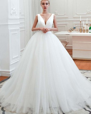 Simple Pleated White Tulle V-neck Ruched Wedding Dress QDWD009