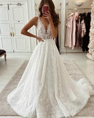 V-neck Pleated Ivory Lace Wedding Dress WD2344