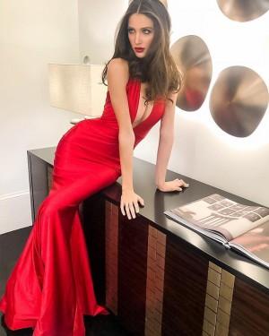 Simple Red Mermaid Deep V-neck Satin Evening Dress pd1585
